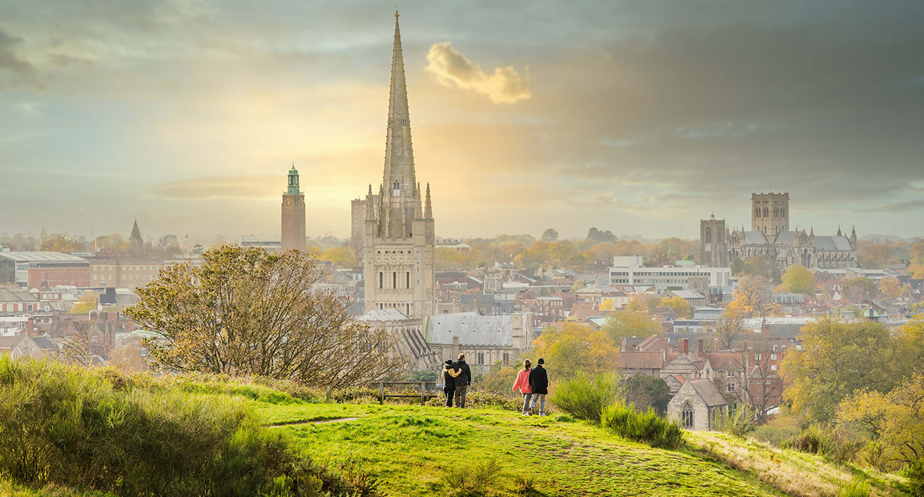 View-of-Norwich-skyline-from-Mousehold-Heath-1-of-1-45